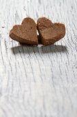 сердца на фоне деревянные — Стоковое фото