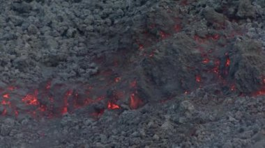 Lava flowing on Etna — 图库视频影像