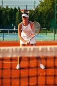 Muito tenista jogando uma partida — Fotografia Stock