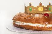 Kings cake, Roscon de Reyes, spanish traditional sweet to eat in Christmas — Stock Photo