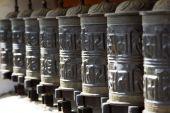Buddhist prayer wheels, Nepal, Kathmandu. — Fotografia Stock