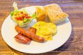 Bacon and egg breakfast — Stock Photo