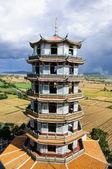 Templo con la naturaleza — Foto de Stock