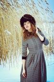 冬天里的女孩 — 图库照片