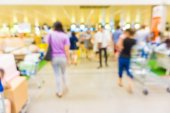 People shopping in department store. — Stock Photo
