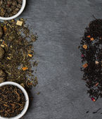 different sorts of tea leaves — Stock Photo