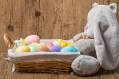 Easter decoration with rabbit and eggs — Stock Photo