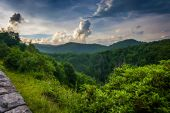 Evening view from the Blue Ridge Parkway in North Carolina.  — Stock Photo