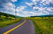 Farm fields along a country road in the rural Potomac Highlands  — Stock Photo