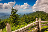 Fence and view of the Appalachians from Mount Mitchell, North Ca — Stock Photo