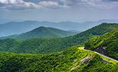 Ver os blue ridge parkway e das Montanhas Apalaches fro — Fotografia Stock