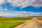 Country road in rural York County, Pennsylvania. — Stock Photo