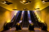 Escalators in the Smithsonian Metro Station, Washington, DC.  — Stock Photo