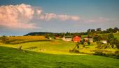 Evening light on farms and rolling hills in Southern York County — Stock Photo