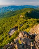 Evening view of the Blue Ridge Mountains from Little Stony Man M — Stock Photo