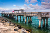 Fishing pier and jetty at South Pointe Park, Miami Beach, Florid — Stock Photo