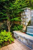 Fountain and garden at Piedmont Park in Atlanta, Georgia.  — Stock Photo