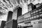Highrises along Pratt Street at the Inner Harbor in Baltimore, M — Stock Photo