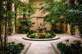 Indoor garden area in the National Gallery of Art in Washington, — Stock Photo