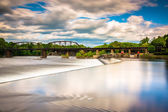 Long exposure of a dam  on the Delaware River in Easton, Pennsyl — Stock Photo