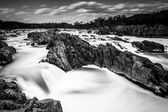 Long exposure of rapids in the Potomac River at Great Falls Park — Stock Photo