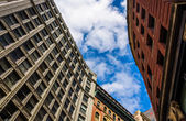 Looking up at old architecture in Boston, Massachusetts.  — Stock Photo