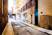 Narrow alley in Baltimore, Maryland.  — Stock Photo