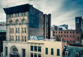 Old buildings on Eutaw Street, seen from a parking garage in Bal — Stock Photo