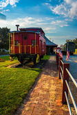 Old caboose at the railroad station in New Oxford, Pennsylvania. — Stock Photo