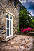 Outdoor patio at the Cylburn Mansion, Cylburn Arboretum, Baltimo — Stock Photo