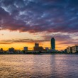 Sunrise over Queens, seen from Roosevelt Island, New York. — Stock Photo #52604201