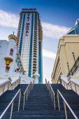 Stairs to the Trump Taj Mahal in Atlantic City, New Jersey.  — Stock Photo