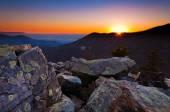 Pôr do sol sobre as montanhas apalaches e vale de shenandoah de — Foto Stock