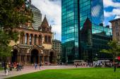 The John Hancock Building and Trinity Church at Copley Square in — Stock Photo