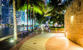The Miami River Waterfront at night, in downtown Miami, Florida. — Stock Photo
