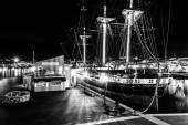 The USS Constellation at night, in the Inner Harbor of Baltimore — Stock Photo