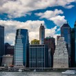 View of the Manhattan skyline from Brooklyn Heights, New York. — Stock Photo #52615997