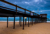 The fishing pier on the beach of Ocean City, Maryland.  — Stock Photo