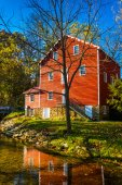 The historic Cross Mill, in rural York County, Pennsylvania. — Stockfoto