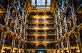 The interior of the Peabody Library in Mount Vernon, Baltimore, — Stock Photo