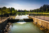 The spillway at Kiwanis Lake in York, Pennsylvania.  — ストック写真