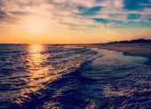 The sun setting over the Atlantic Ocean, Cape May, New Jersey.  — Stock Photo