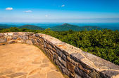 View from the observation deck on Hawksbill Mountain, Shenandoah — Stock Photo