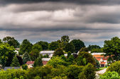 View of houses in a residential area in Shrewsbury, Pennsylvania — Stock Photo