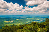View of the Shenandoah Valley from the Appalachian Trail in Shen — Stock Photo