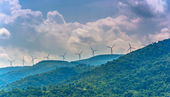 Keyser, Batı virginia yakınlarında dağlara'daki yel değirmenleri. — Stok fotoğraf