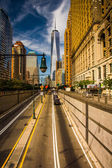 The Battery Park Underpass and One World Trade Center in Lower M — Stock Photo