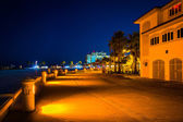 Building along a path at night in Clearwater Beach, Florida. — Stock Photo