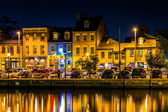 Shops and restaurants at night in Fells Point, Baltimore, Maryla — Stock Photo