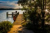 Fishing pier at Cox Point Park in Essex, Maryland. — 图库照片